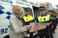 La policía turística de Granada, una garantía para los visitantes de la ciudad